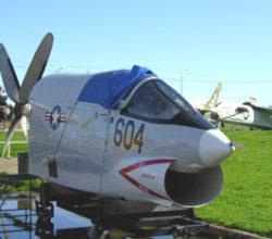 RF-8 Crusader Cockpit